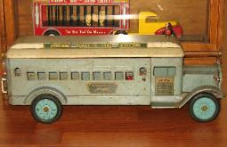 www.buddyltruck.com, keystone coast to coast bus,buddy l bus,keystone toy trucks,antique toy bus,keystone toy bus,keystone packard coast to coast bus,keystone circus truck,keystone dugan brothers bakery truck,keystone toys,keystone toys price guide,buddy l,vintage space toys